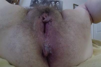 Sperma in Muschi einer Oma