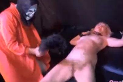 BDSM Oma wird hart rangenommen und gefoltert