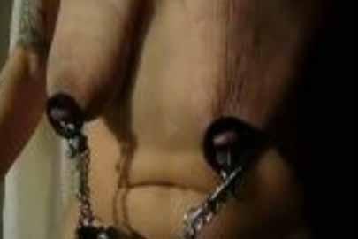 Schlauchtitten Oma Porno -BDSM Sex mit Titten Oma